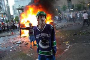 canucks_riot__2011_IMG_7737